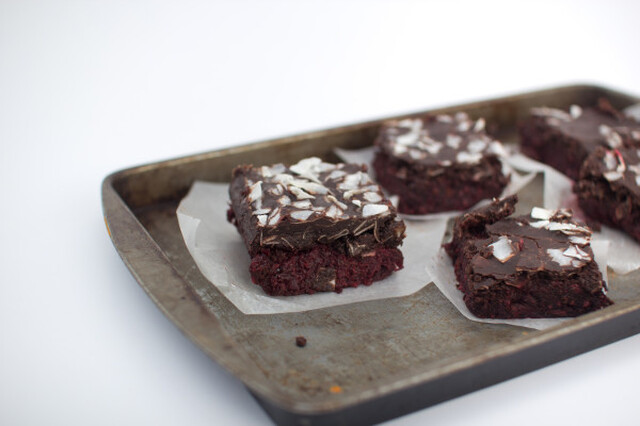 Raw Chocolate Beetroot Cake