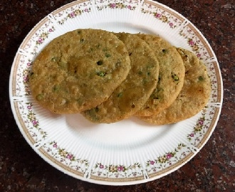 Peas Poories - Fried Flat Bread With  Green Peas Filling