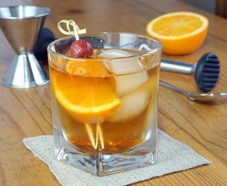Wisconsin Brandy Old Fashioned #SundaySupper