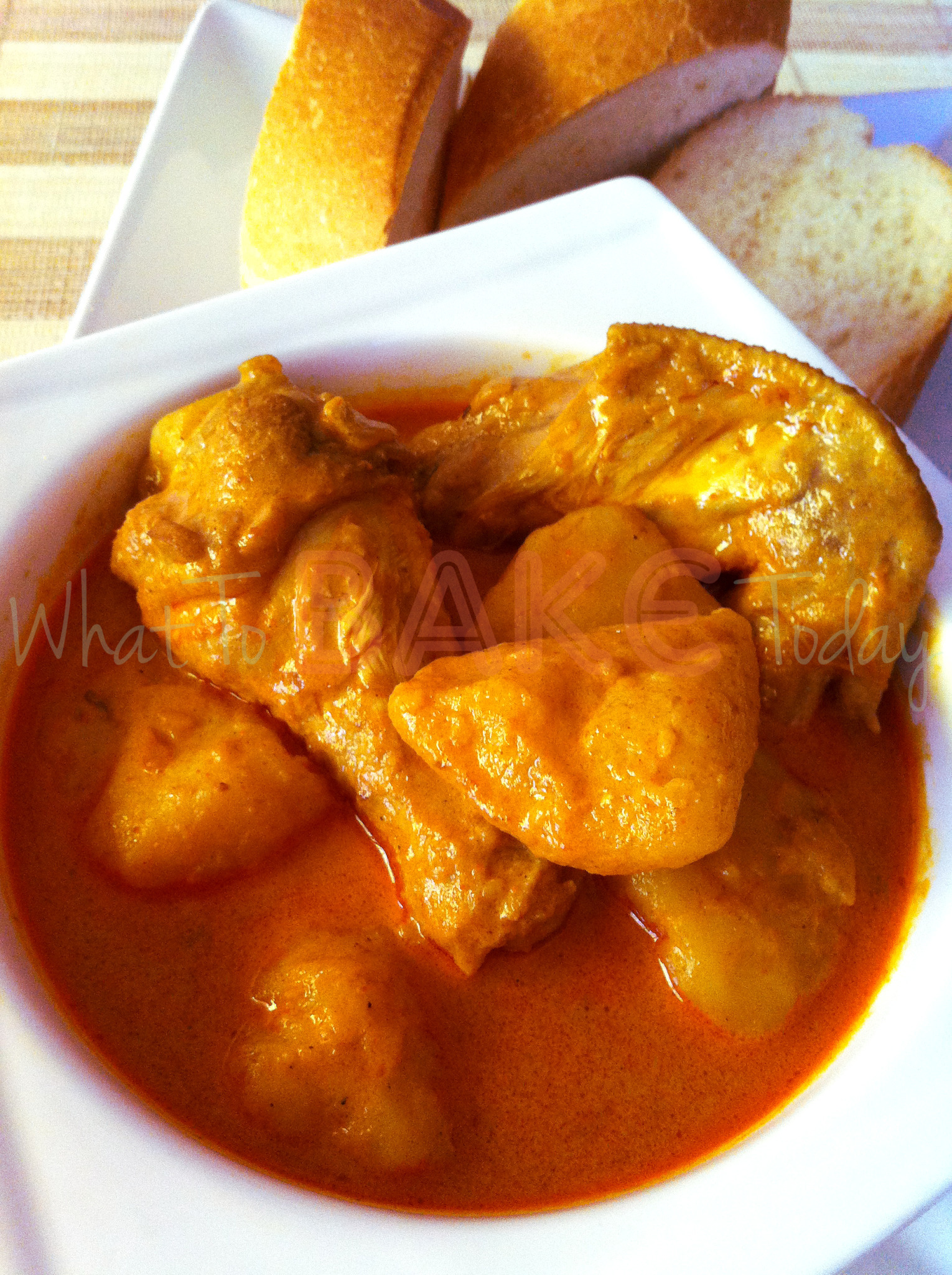 Singapore-style Curry Chicken with Potatoes