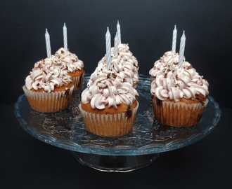 Yogurette Cupcakes