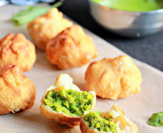 Gujarati Matar Kachoris, Green Peas Kachoris
