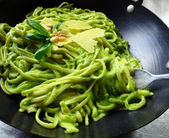 Avocado, Rocket and Basil Pesto Pasta