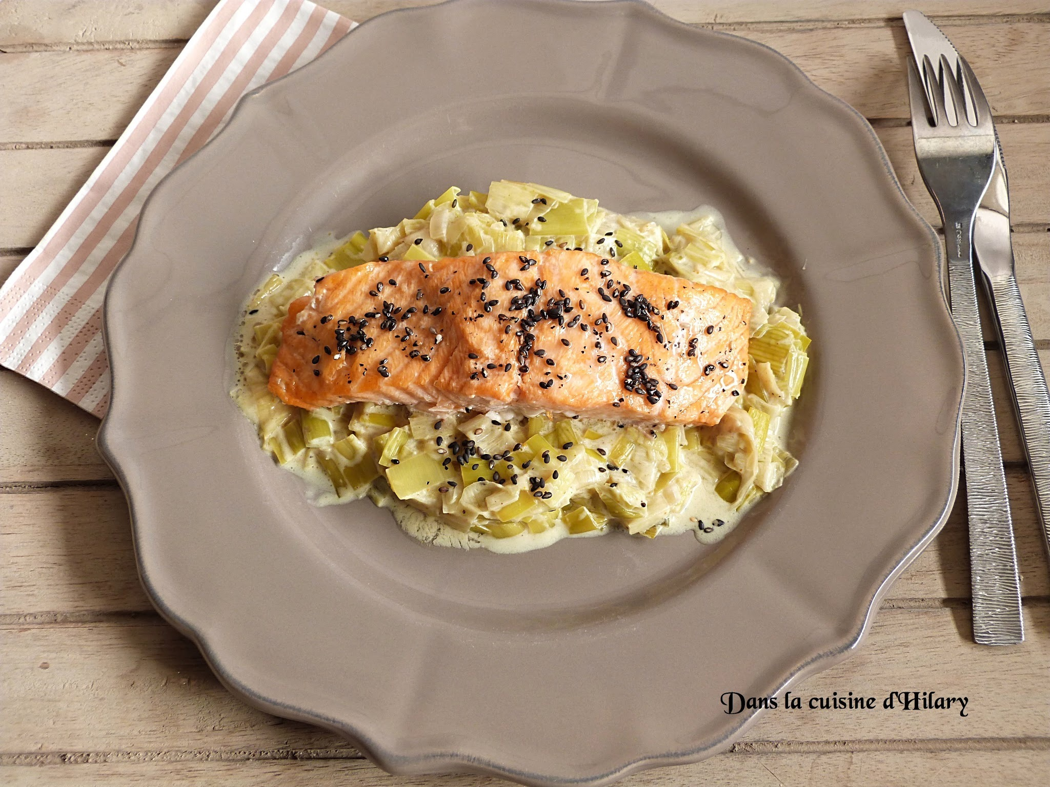 Fondue de poireau aux notes de curry et son saumon au sésame / Leek fondue with curry and its sesame salmon