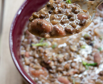 Dal Makhani Recipe – How to make Dal Makhani Curry + Video – Spiced Indian Butter Urad Dal Black Lentil Gravy
