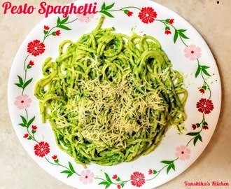 Pesto Spaghetti | Spaghetti in Pesto Sauce (Spaghetti with basil, parsley and walnuts pesto)
