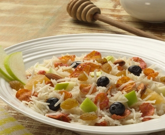 BREAKFAST RICE CEREAL WITH FRUITS AND RAISINS