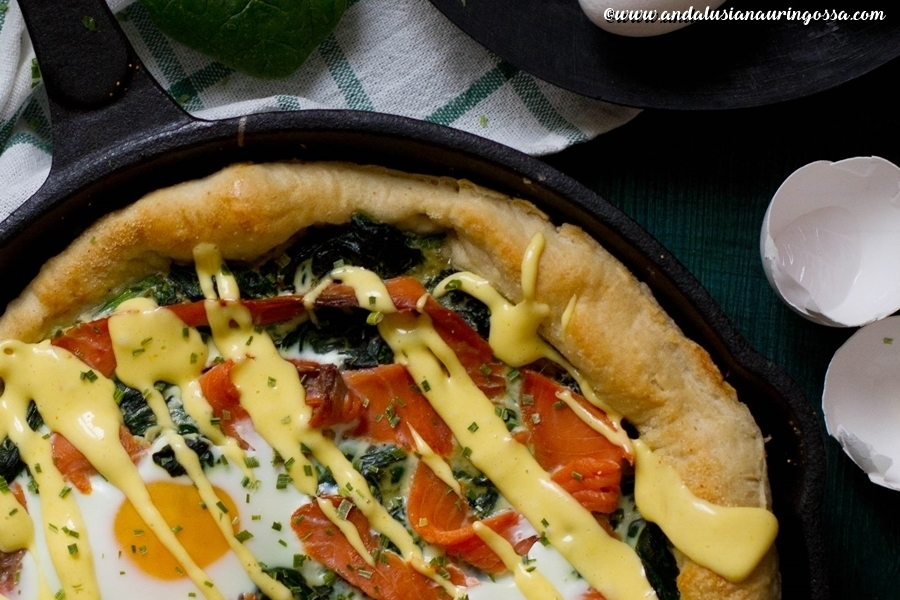 Breakfast pizza with spinach, smoked salmon, eggs and foolproof Hollandaise sauce (gluten-free, kosher)