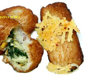 Double Cheese  Spinach Bread Roll
