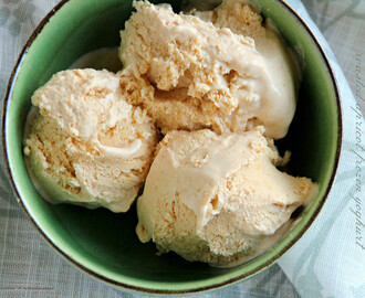 Roasted Apricot Frozen Yoghurt