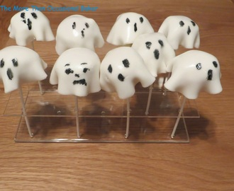 Spooky Ghost Cake Pops