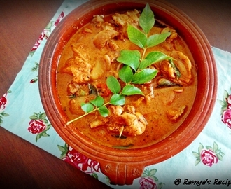 Varutharacha Kozhi curry / Chicken in roasted coconut gravy - Easter special