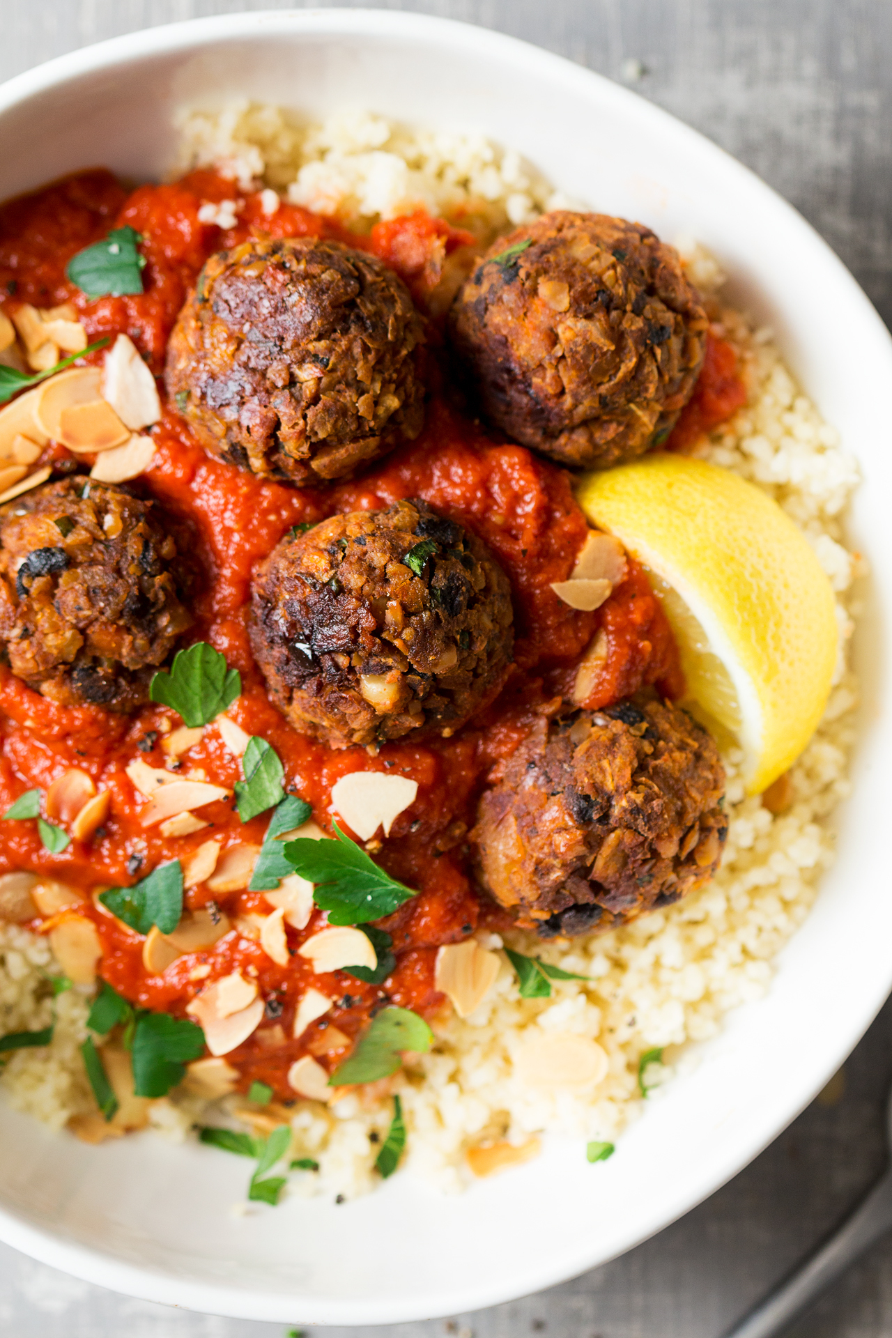 Vegan meatballs (Moroccan-inspired)