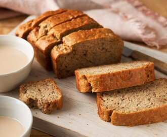 4 Weird Ways to Color Your Regular Banana Bread Naturally