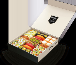 Sushi Shop's Football Club Box and how to make a California Roll