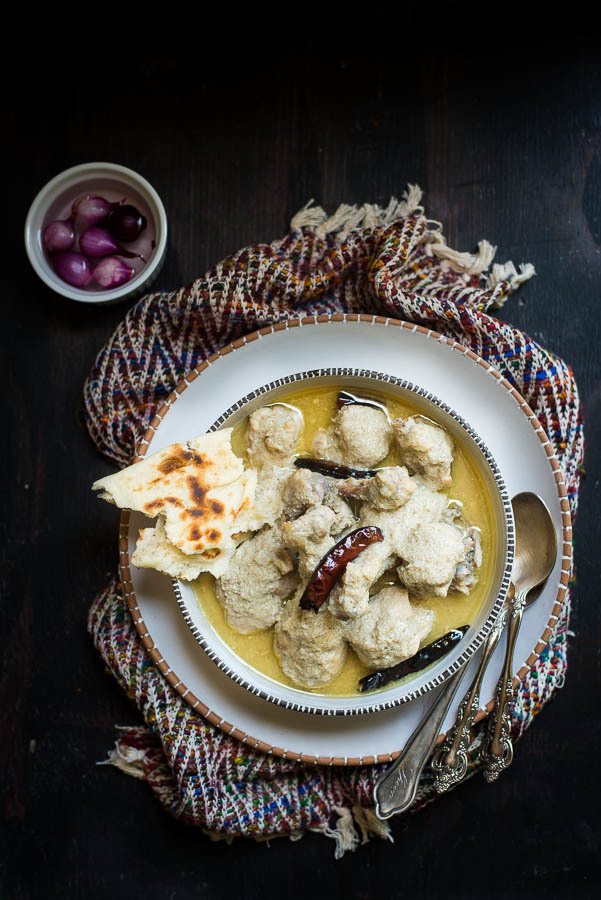 Chicken Rezala : Mildly Spiced Yogurt Based Chicken Curry