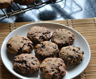 Eggless Peanut Butter Choco Chips Cookies Recipe