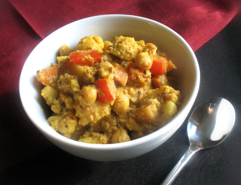 South Indian Chickpea, Cauliflower and Potato Coconut Curry
