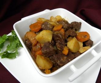 Recetas de carne guisada en olla rapida mytaste - Patatas en olla rapida ...