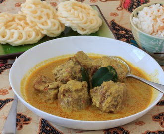 Gulai Buntut (Veal Oxtail Curry)