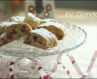 Stollen (German Chrismas fruit cake)