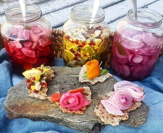 23e luckan Tre Veganska Sillar - Three Vegan Pickles
