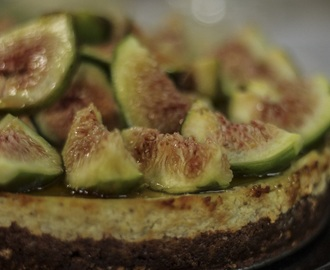 Baked Fig Ricotta Cheesecake (gluten free)
