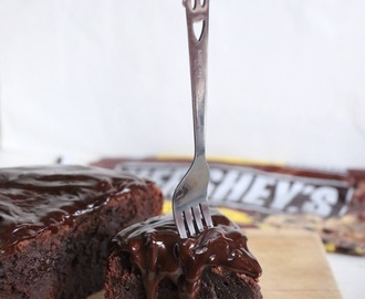 ♥ Ultimate Chocolate Mud Cake ♥