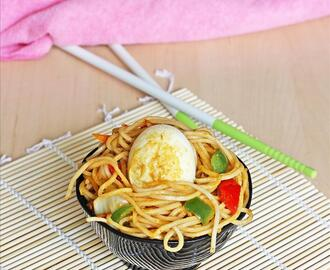 chinese egg fried noodles