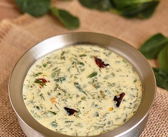 Moru Keerai | Spinach in Coconut Yogurt Gravy