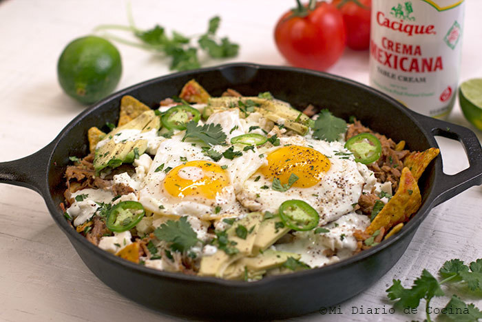 Chilaquiles de carnitas