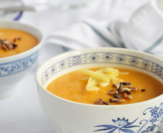 sopa de batata doce, cenoura e lentilhas vermelhas // sweet potato, carrot and red lentils soup