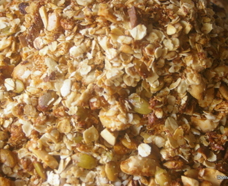 Make your own toasted muesli/muesli clusters