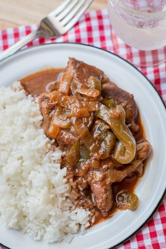Slow Cooker Country Style Barbecue Ribs with Bell Peppers and Onions {Freezer Meal Friendly}