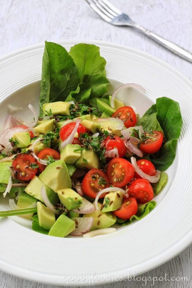 Recipe: Avocado salad with Tomatoes, Shallots and Toasted Cumin Vinaigrette (Bobby Flay)