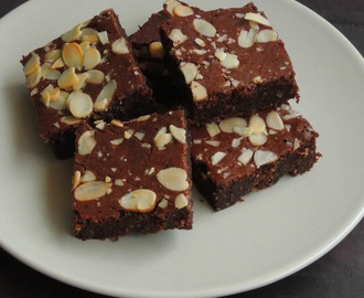 Gluten Free One Bowl Almond Brownies