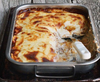 Rich Beef Cannelloni with Fontina Sauce