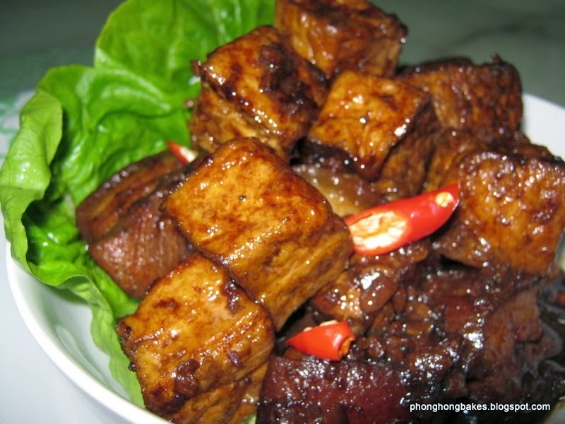 Stewed Pork Belly with Fried Tofu