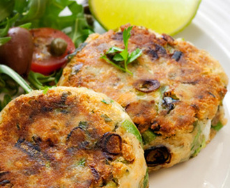 Salmon Cakes and Arugula