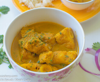 Moryechi Xacuti / Shark Curry