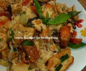 Stir Fried Bread with Eggs (Meatless Recipe)