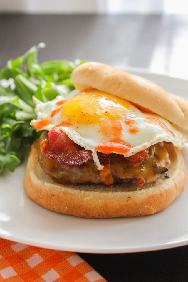 The Best Ever Bacon, Egg and Cheese Burger #SundaySupper