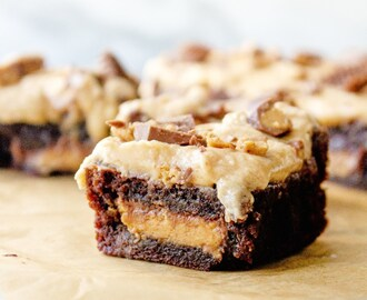 Chocolate Peanut Butter Cup Brownies with Peanut Butter Frosting