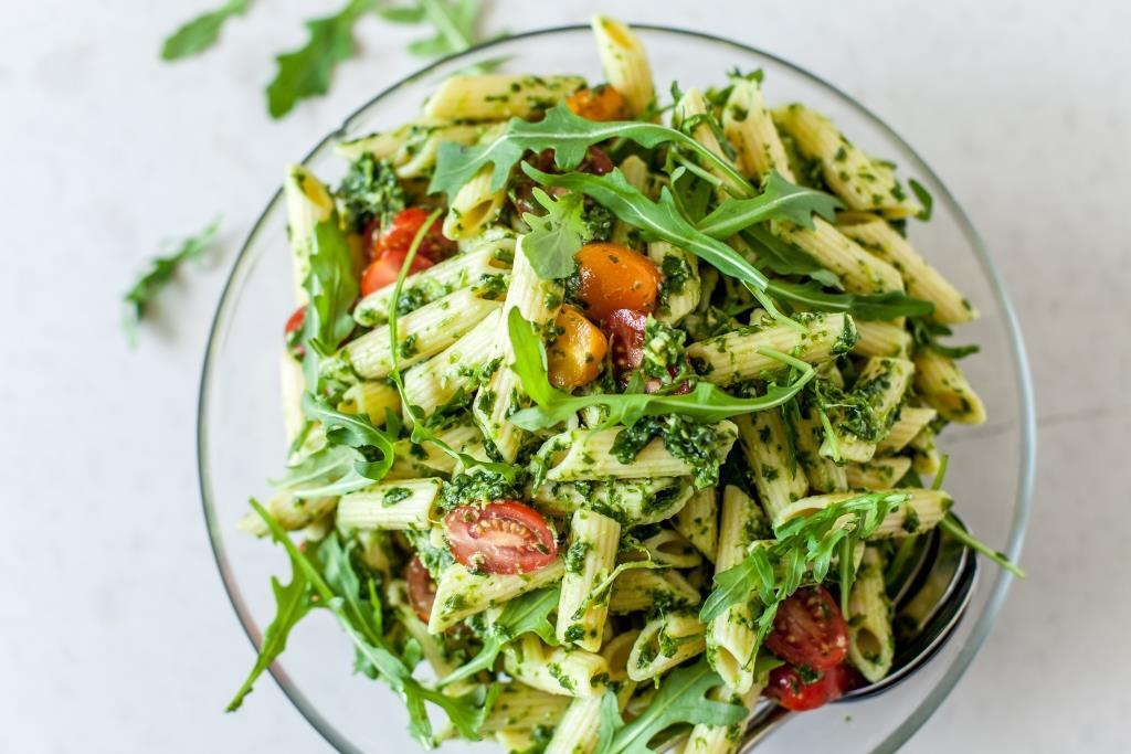 Roast Garlic and Rocket Pesto Pasta