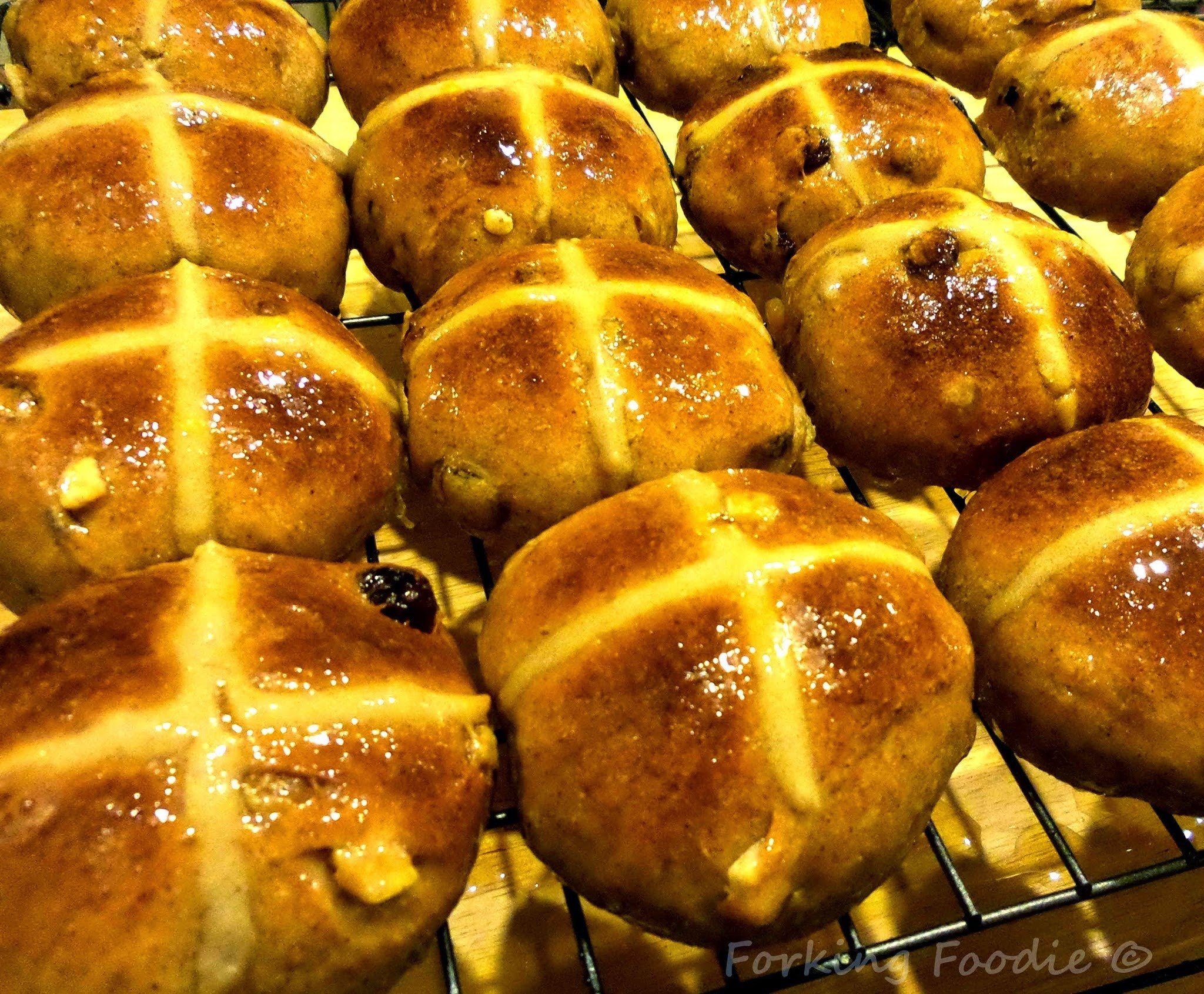 Luxury Sourdough Hot Cross Buns (incudes Thermomix tips)