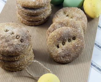 Biscotti per cani alle mele / Apple cookies for dogs