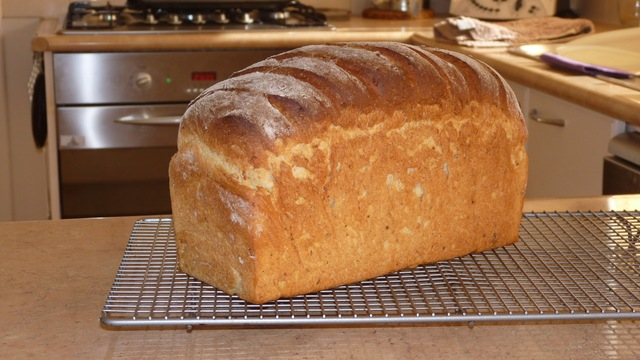 Spelt and Wheat Bread