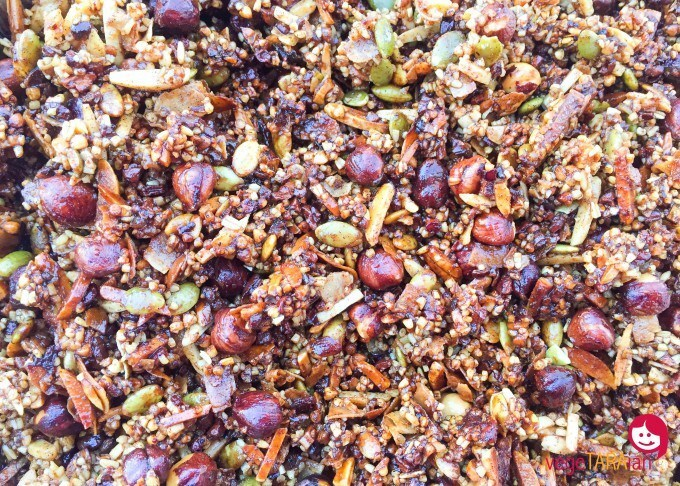 Toasted maple granola
