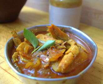 Anchovies Fish Curry | Nethili Meen Kuzhambu | Gravy For Rice | Raw Mango Fish curry