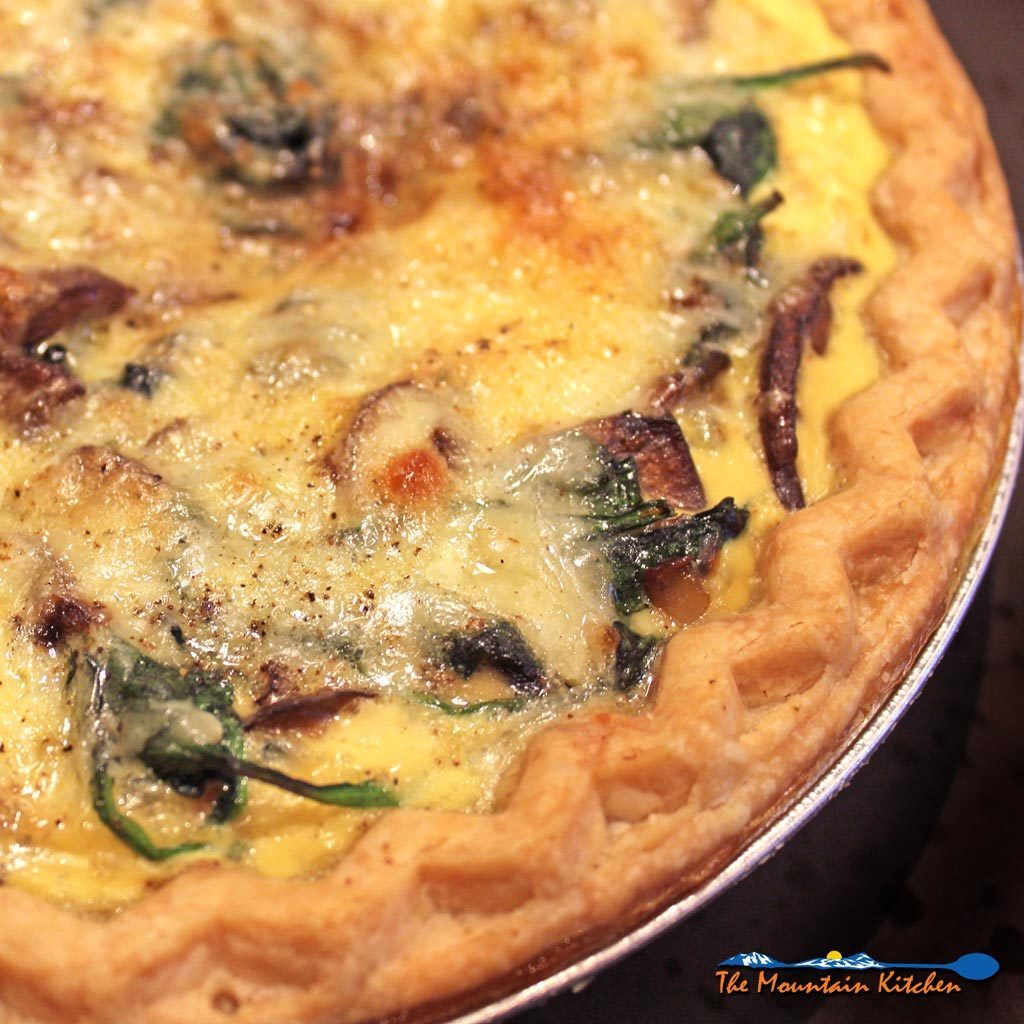 Mushroom Spinach Quiche {A Meatless Monday Recipe